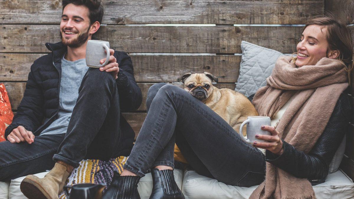 Conseils et astuces vestimentaires pour adopter le look grunge pour homme